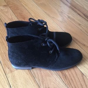 Dirty Laundry Black Lace up Suede Shoes Size 9